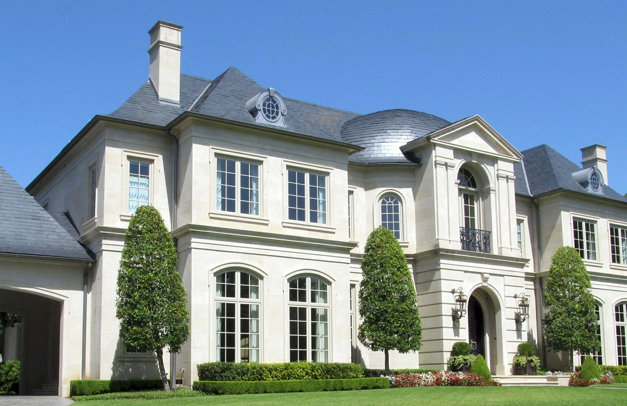 LUXURY OAKVILLE HOUSES FOR SALE